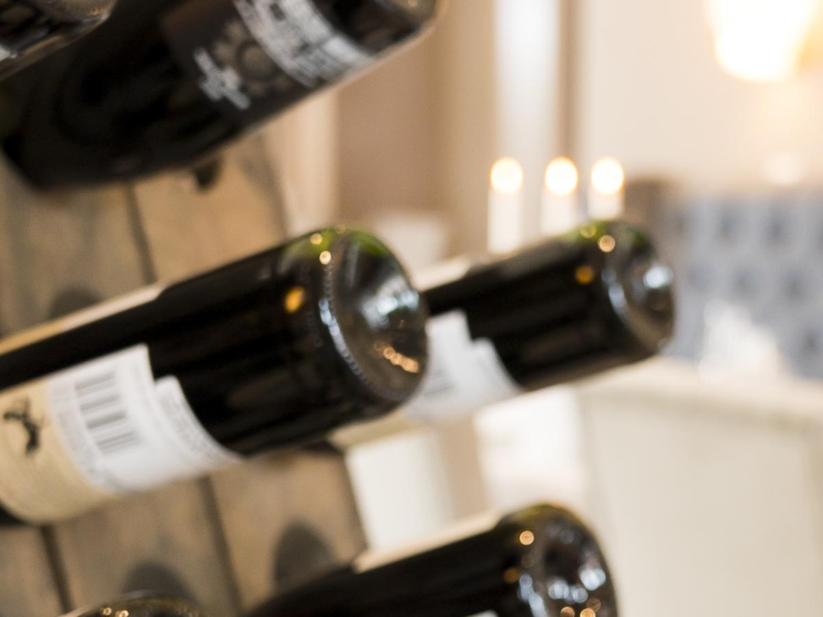 Genießen Sie und Ihre Gäste unsere Auswahl an edlen Getränken.